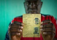 La Côte d'Ivoire, premier pays d'Afrique à adopter une procédure pour identifier et protéger les personnes apatrides (HCR)